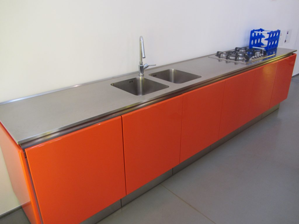 Modular Kitchen Pictures by HappyLocate